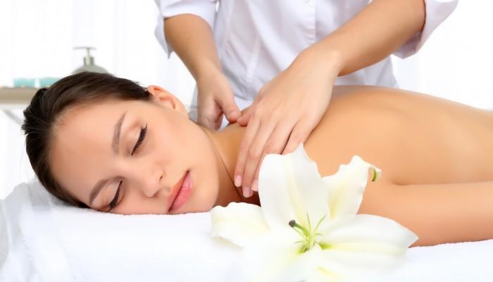 girl-having-a-massage